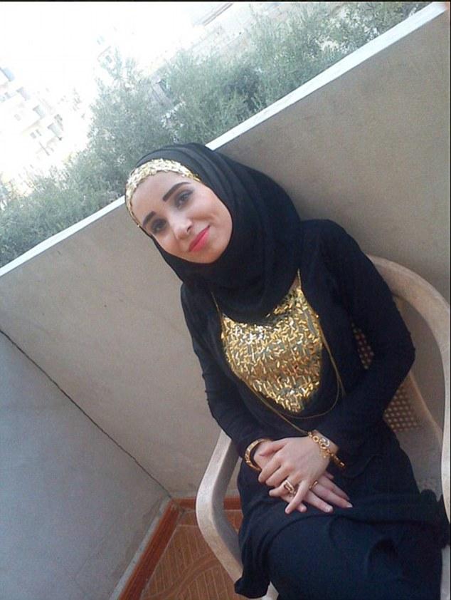 Ruqia Hassan é o quinto jornalista que denunciou ISIS abusos dos direitos humanos a ser executado desde outubro