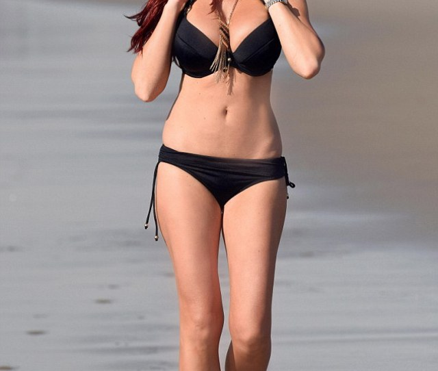 Amy Childs Looked Every Bit The Hollywood Stunner As She Kicked Back On