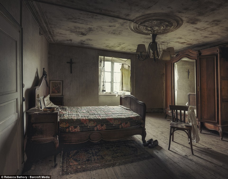 Images Of Abandoned Churches Homes And Hospitals Across