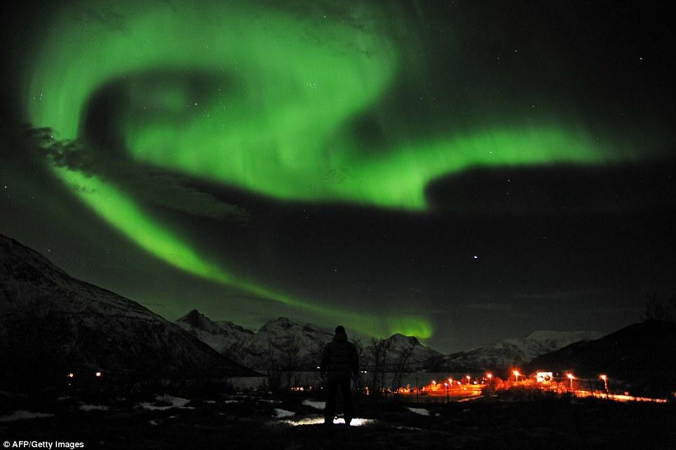 Jonathan Tyler And Northern Lights