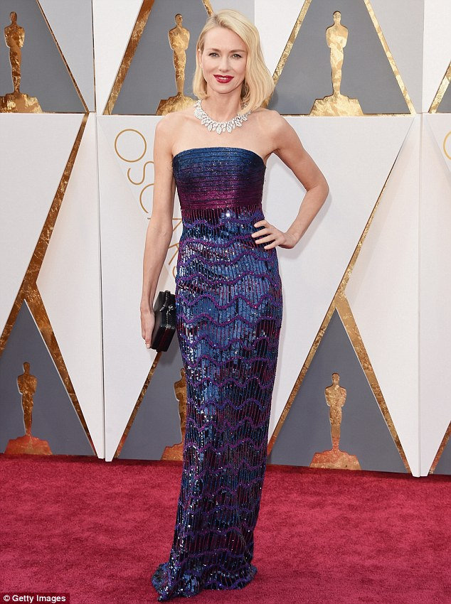 All eyes on her! Naomi Watts stunned at the 2016 Oscars on Sunday night slipping into a stunning Armani Prive gown embellished with thousands of sequins
