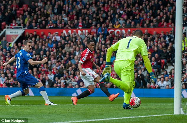 Martial meets a cross from substitute Timothy Fosu-Mensah to net the winner for Manchester United