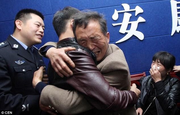 Αποτέλεσμα εικόνας για chinese family reunited