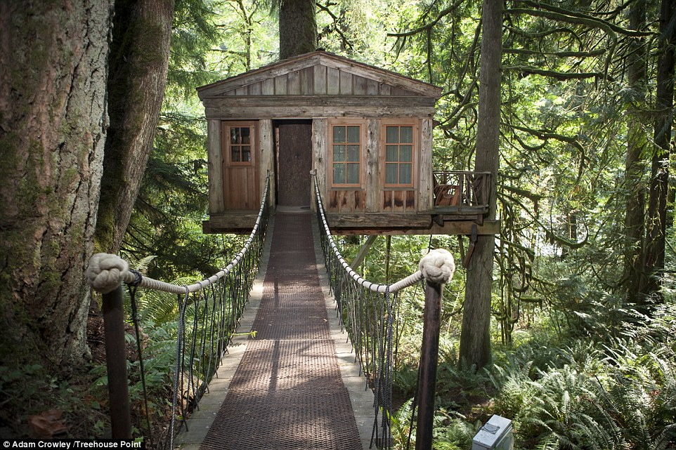 If you are looking for some rest and relaxation, TreeHouse Point, Washington, could be the perfect escape with a range of treehouse options