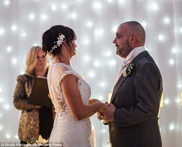 Bride Shaves Her Head At Her Wedding As A Tribute To Her