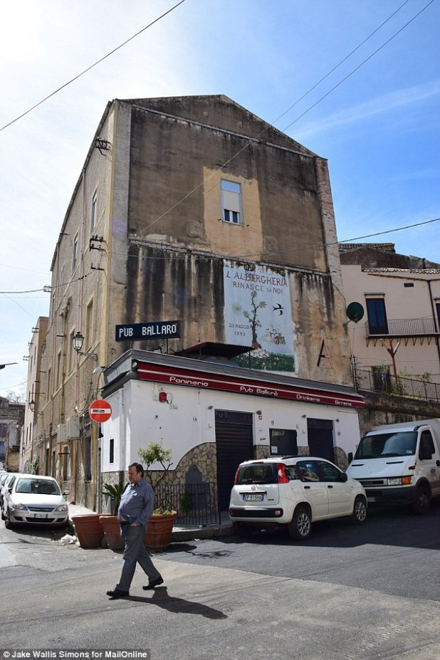 Trigger: The current round of violence began last month, when the Mafia-owned Pub Ballaró (pictured), was seized by police and handed to legitimate entrepreneurs