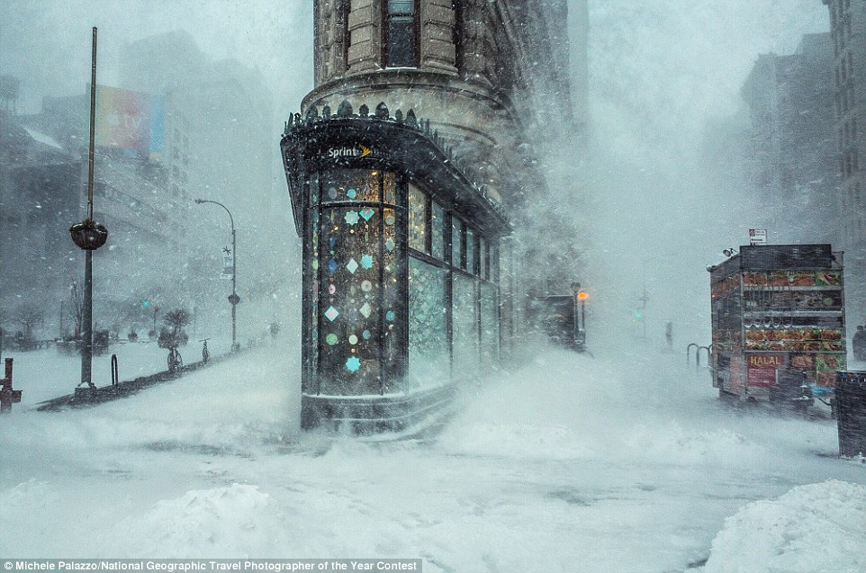 Photographer Michele Palazzo captured this shot of New York's Flatiron Building as the city was walloped by Winter Storm Jonas