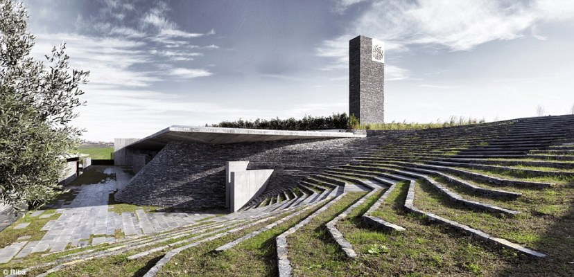 Sankaclar mosque is located in Büyükçekmece, a suburb of Istanbul. The 700 square metre structure is set into a natural depression in the landscape. 'The building blends in completely with the topography,' said architect Emre Arolat