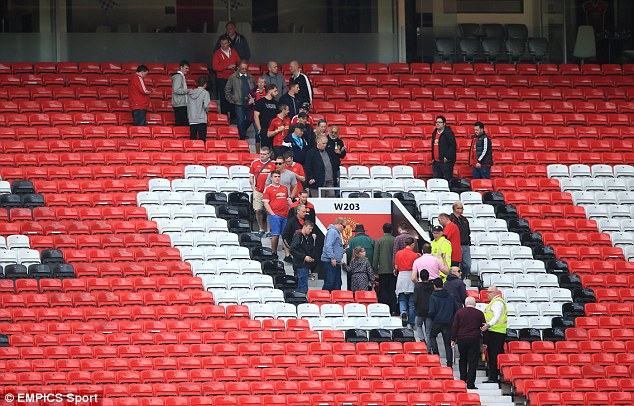 A Red Devils supporter discovered a device resembling a bomb while sitting on the toilet