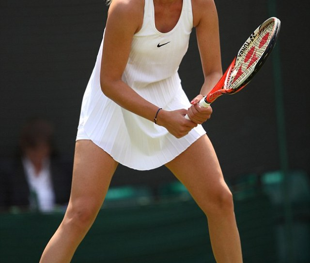 Donna Vekic From Croatia Also Fell Foul Of The Pleated Nike Dress The Wildcard Crashed