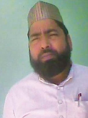 SP leaderHafiz Mohammed Irfan quoted a price of Rs 5 lakh to organise 50 to 60 men