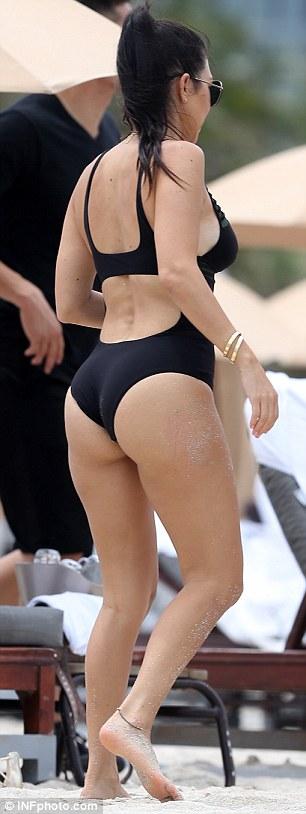 Kourtney Kardashian Swimsuit Body On Show As She Visit