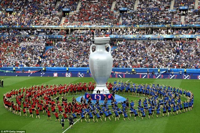 The closing ceremony takes place ahead of the Euro 2016 final between Portugal and France at the Stade de France in Saint-Denis, Paris