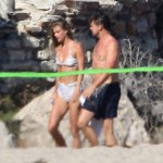 Leonardo DiCaprio & Nina Agdal Frolic Around The Beach in Malibu