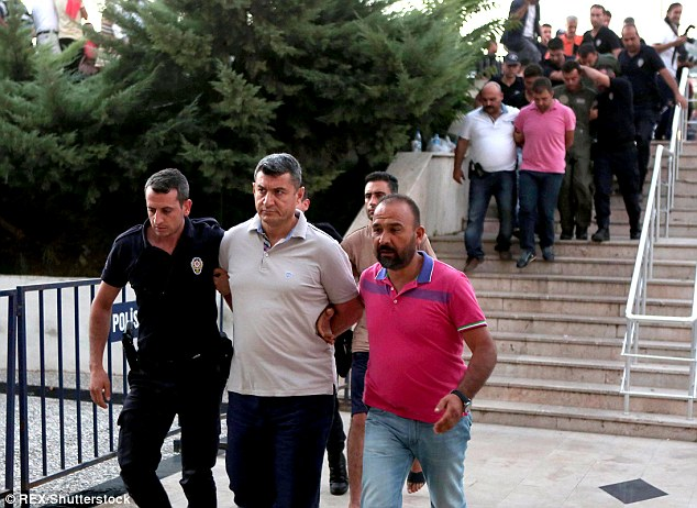 Turkish security forces have been launching fresh raids in a relentless crackdown against the suspect coup plotters