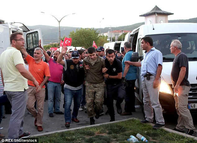 The swift rounding up of nearly 3,000 judges and military officials before the failed coup in Turkey suggests the government had a list of names prepared beforehand, EU commissioner Johannes Hahn has said
