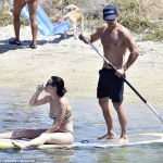 Orlando Bloom Strips Naked For A Paddle Boarding With Girlfriend Katy Perry