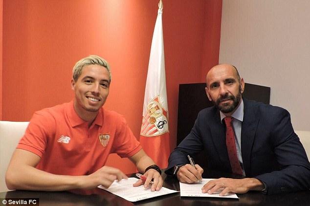 Samir Nasri puts pen to paper on a season-long loan deal alongside Sevilla chief Monchi