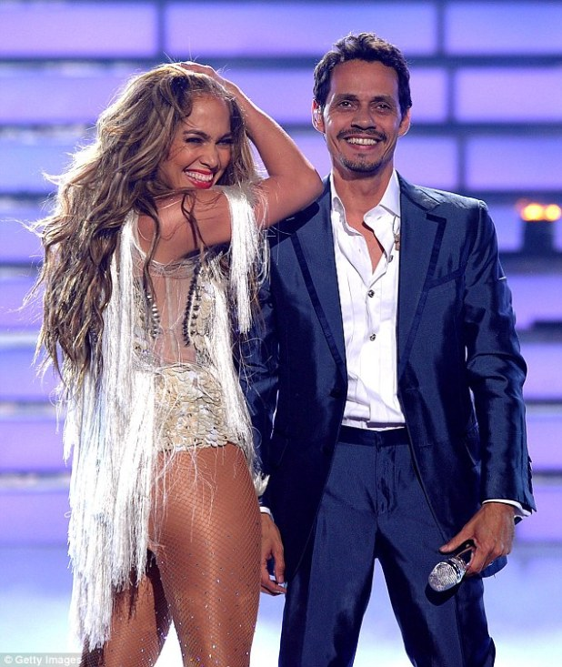They have worked together before: In 2011 he appeared on American Idol with her, pictured