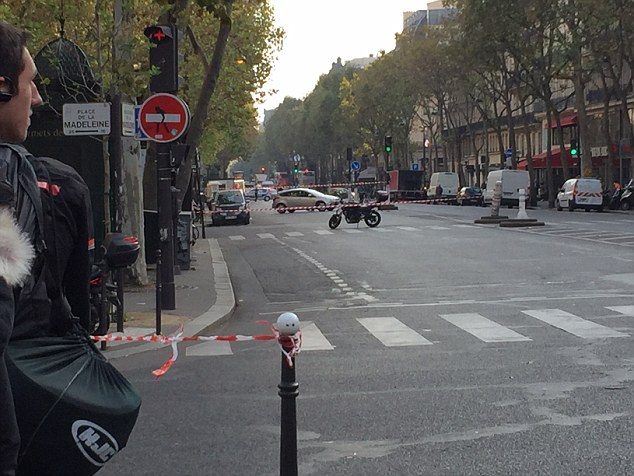 One of the most famous streets in central Paris, the Boulevard de la Madeleine has been closed off this morning by police investigating a possible car bomb