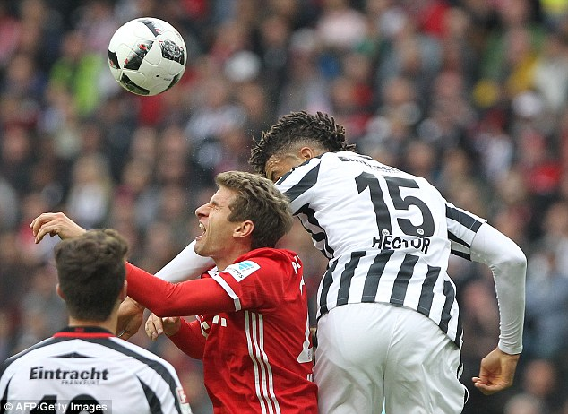 Muller jumped for the ball against Michael Hector but received a nasty elbow to the face