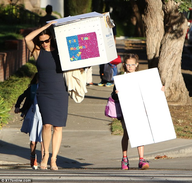 Image result for Jennifer Garner bringing project to school