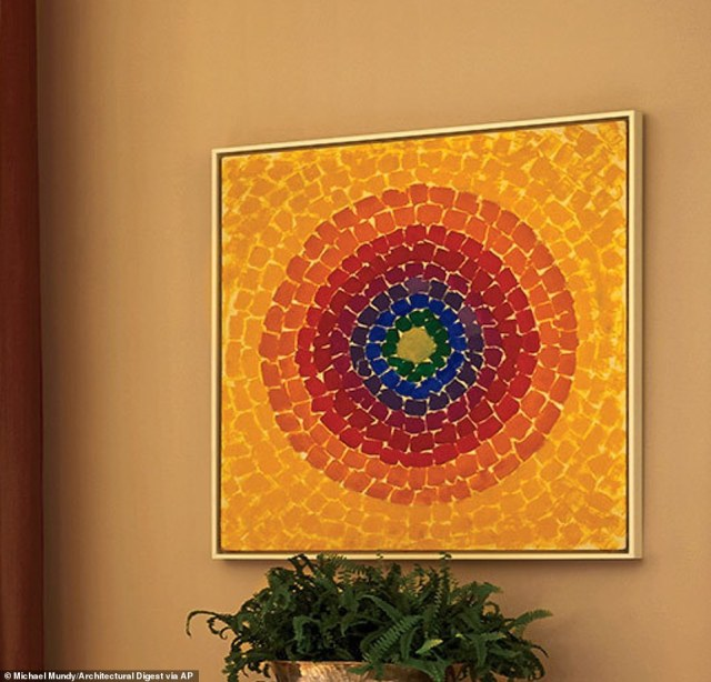 A work from African-American Expressionist painter Alma Thomas  that was painted in 1966 entitled Resurrection also hangs in the dining room. She is the first African-American woman to have her work hung in the White House. Thomas was born in Georgia in 1891 and passed away in 1979, with most of her most famous works being painted in the finale two decades of her life.