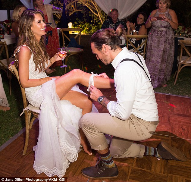 Audrina Patridge Drinks Champagne With Bridesmaids Before