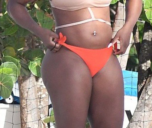 Bikini Babe The  Year Old Sports Superstar Looked Stunning In The Skimpy