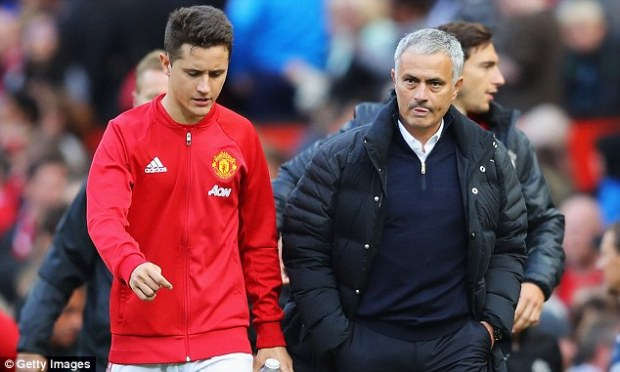 He says that Mourinho has got a superb understanding of footballers and their needs