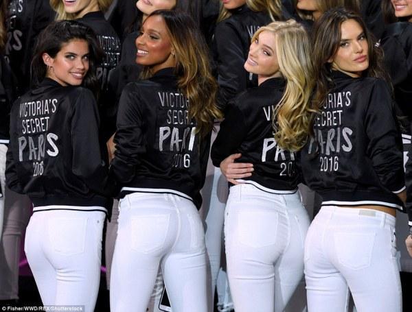 L-R: Sara Sampaio, Jasmin Tookes and Alessanda Ambrosio flaunted their pert posteriors