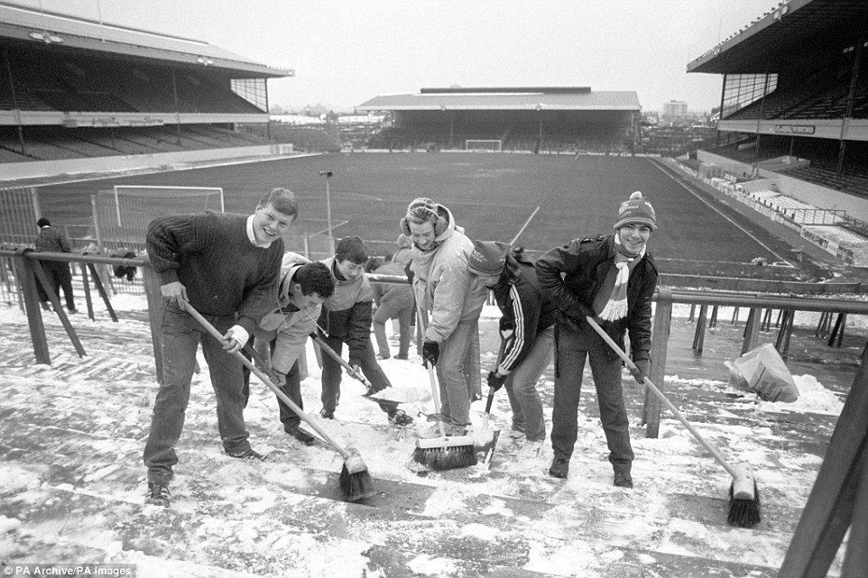 Arsenal fans cleared snow from the terraces after George Graham promised a free ticket to anyone who turned up to help