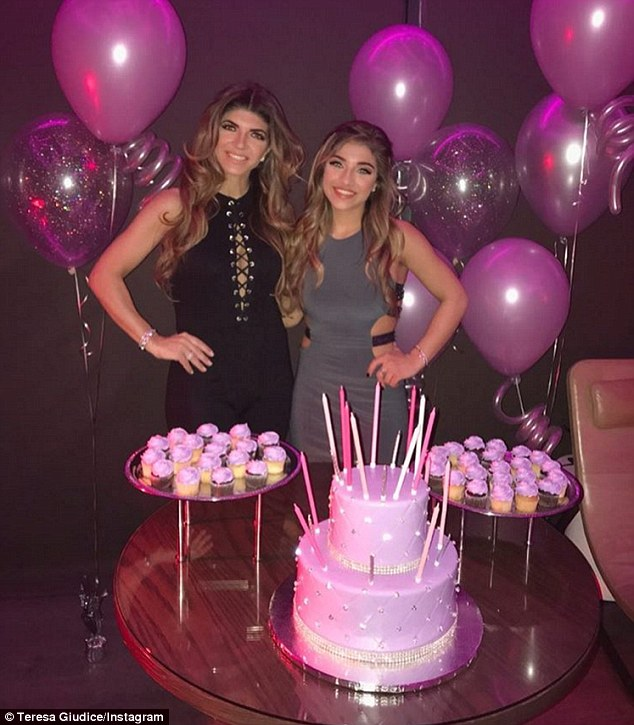 Teresa Giudice Throws Lavish Sweet 16 Birthday Celebration For Daughter Gia In Nyc Daily Mail Online