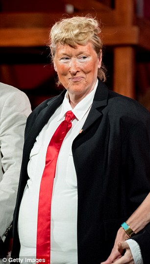 Meryl dressed up for Shakespeare in the Park