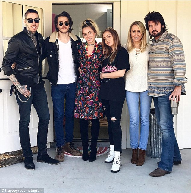 Mileys Brother Trace Cyrus Feuding With Liam Hemsworth