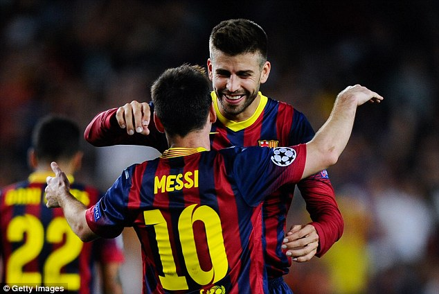 Ramos and Pique hug and make up for Spain