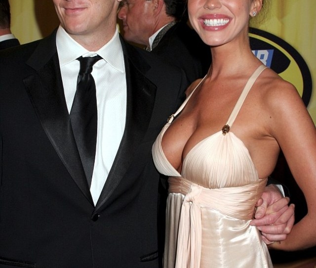 Baby News The 38 Year Old Also Told Her Estranged Husband That She
