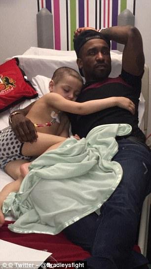 Young Sunderland fan Bradley 'fell asleep cuddling Defoe' in hospital last month