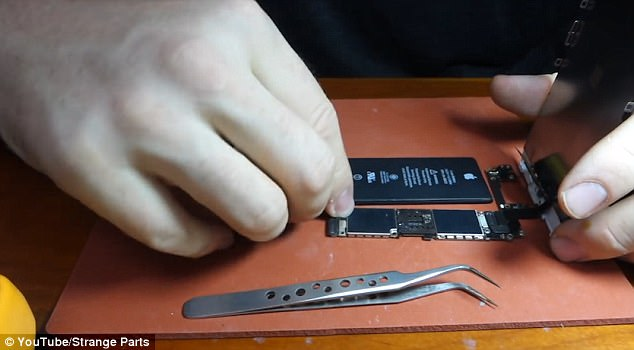 3F39C2F800000578 4410022 image a 27 1492110157752 - Man creates his own WORKING iPhone out of recycled parts