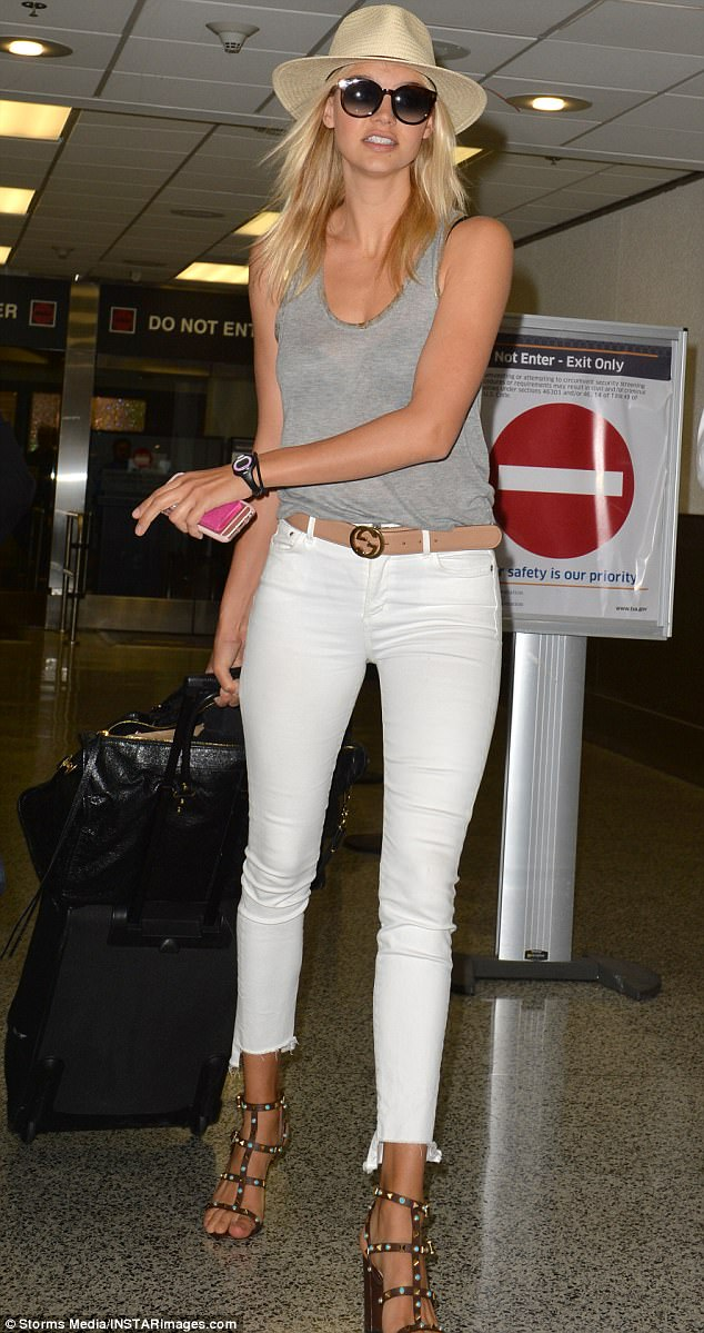 Kelly Rohrbach At Miami Airport Before Baywatch Premiere