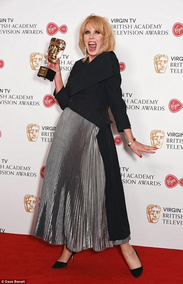 Roubando o show: A série em si e Claire Foy foram pipped para o post de BBC Happy Valley e sua estrela Sarah Lancashire - enquanto Joanna Lumley (acima) foi o vencedor principal