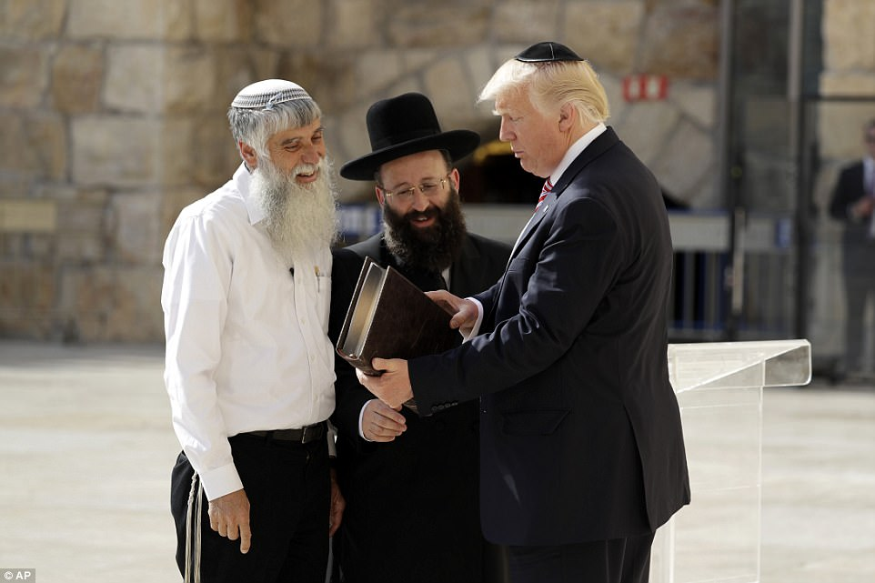 The White Househas been careful not to appear partisan in the Israeli-Palestinian conflict