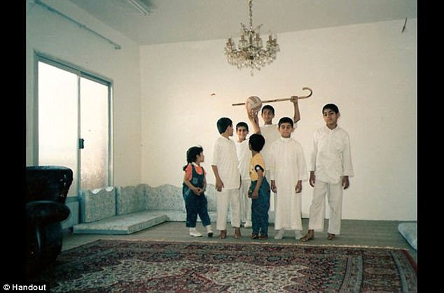 Children from left to right:Fatima, Saad, Omar, Mohammed, Osman and Abdul Rahman