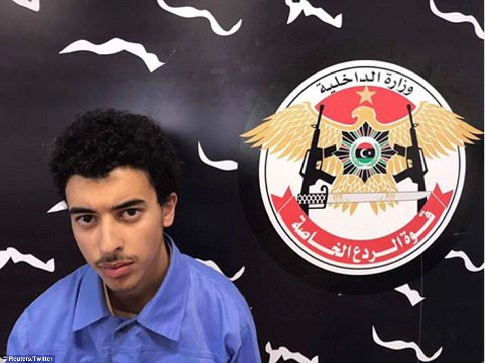 Hashem (en la foto después de su detención en Libia esta tarde) era 'consciente de todos los detalles de sus planes', dijo que las fuerzas de seguridad libias