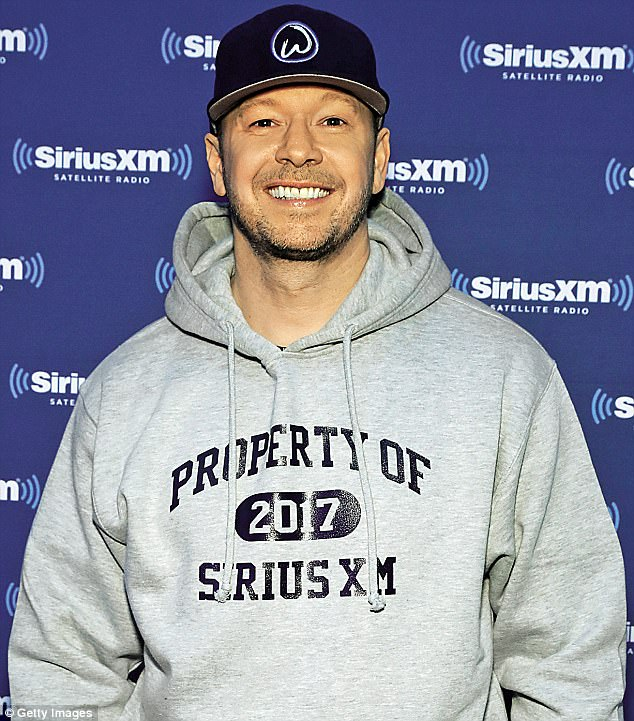 Donnie Wahlberg wants to talk some sense into US politicians