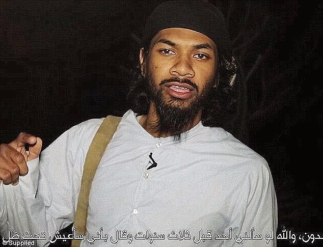 Prakash, un rapero otrora aspirante, huyó Melbourne en 2013 para unirse a las filas de la organización terrorista sádica