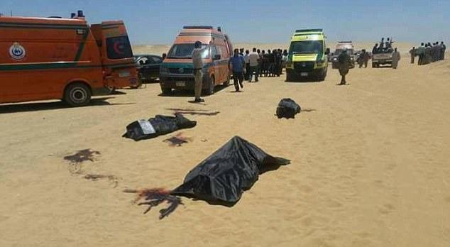 Los ataques se producen después de un ataque contra los cristianos coptos el viernes, en el que murieron 29