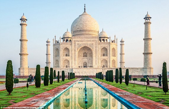 Image result for taj mahal top 10 historical places in India