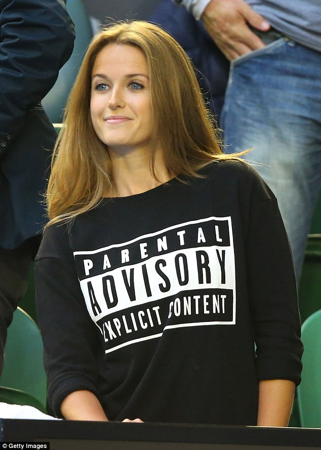 In February 2015, she wore a jumper reading 'Parental Advisory Explicit Content' after apparently mouthing swear words during Andy's match againstNovak Djokovic