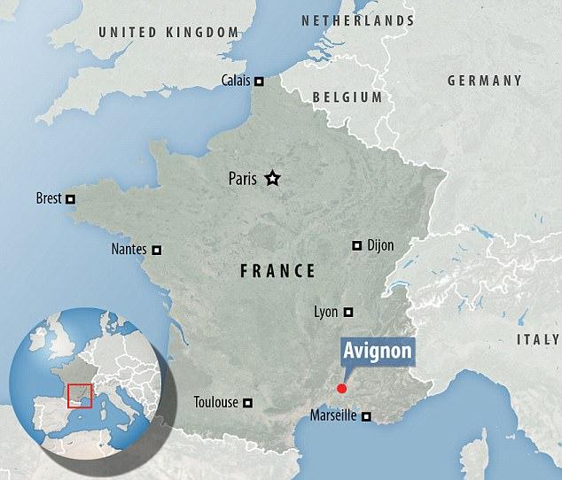 El incidente ocurrió a las 22:30 de anoche en Avignon, Provenza